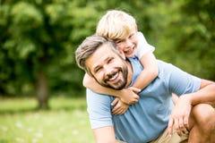 Pai e filho junto Imagem de Stock Royalty Free