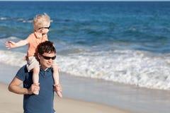 Pai e filho junto Imagens de Stock