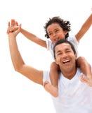 Pai e filho que têm o divertimento Fotos de Stock Royalty Free