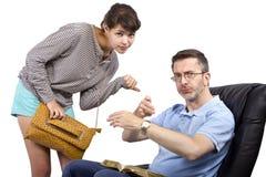 Pai preocupado e filha atrasada Fotografia de Stock