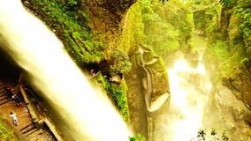 Pailon del蝙蝠鱼,瀑布,通古拉瓦省 股票录像