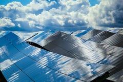 Painéis de baterias solares Fotos de Stock