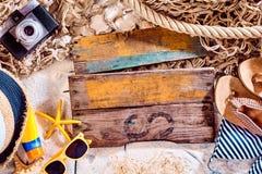 Painéis de madeira temáticos das férias com espaço da cópia Imagens de Stock Royalty Free