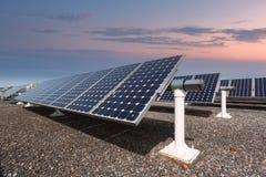 Painéis solares da energia nova fotografia de stock royalty free