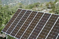 Painéis solares no ajuste do campo. Imagem de Stock Royalty Free