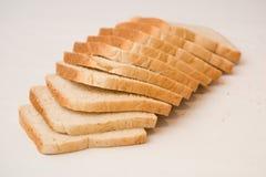 Pain coupé en tranches de pain Image libre de droits