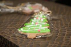 Pain d'épice fait maison de Noël Images stock
