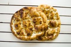 Pain de Pide, pain de pide de dinde, ramazan et pide, pide de pain de Turc, culture turque et pain de pide, pain de pide sur le f Photos stock