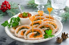 Pain de viande avec le persil, le fromage et les carottes Photographie stock libre de droits