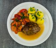 Pain de viande fait maison allemand image stock