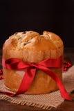 Pain doux de pain de Panettone traditionnel pour Noël Images stock