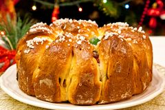 Pain doux roumain traditionnel pour Noël photos libres de droits