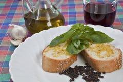Pain et huile d'olive Images stock