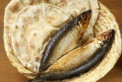 Pain et poissons photo libre de droits