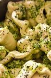 Pain fait maison avec la photo d'oignon et de nourriture d'épices Photographie stock libre de droits
