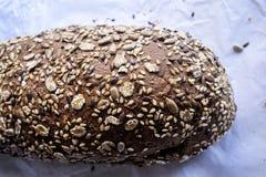 Pain grec de brun de blé entier Photos libres de droits
