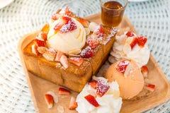 Pain grillé de miel de dessert Photos libres de droits