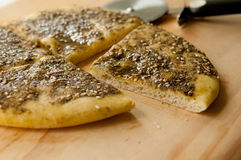 Pain plat de Za'atar Photographie stock