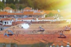 Pain?is solares em um telhado foto de stock royalty free