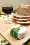 Pain, vin et fromage Image stock