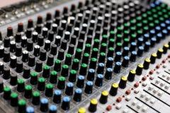 Painel de controle audio do misturador sadio Imagem de Stock Royalty Free