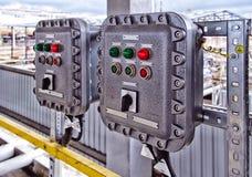 Painel de controle com interruptores e lâmpadas foto de stock royalty free