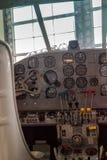Painel de controle da cabina do piloto do avião Fotos de Stock Royalty Free