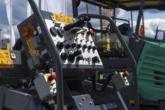 Painel de controle da máquina de pavimentação do asfalto Imagens de Stock Royalty Free