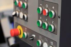 Painel de controle do centro fazendo à máquina do CNC Fotos de Stock Royalty Free