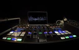 Painel do DJ setup para o partido do entusiasmo imagem de stock royalty free