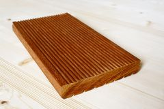 Painel do terraço feito da madeira do bangkirai Fotografia de Stock