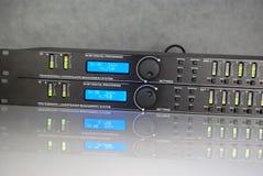 Painel frontal audio de DSP durante o trabalho Fotografia de Stock