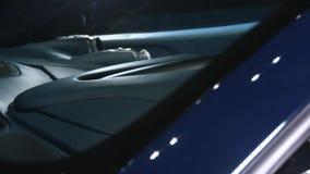 Painel luxuoso de Ferrari com sombra video estoque