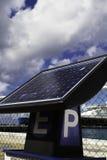 Painel solar de medidor de estacionamento Imagens de Stock