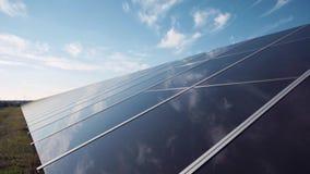 Painel solar e céu Fotografia de Stock Royalty Free