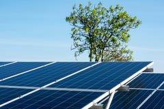 Painel solar no céu azul Foto de Stock Royalty Free