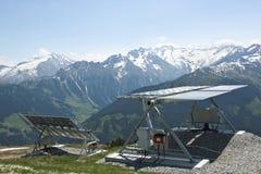 Painéis solares em Latschenalm, Gerlos, Áustria Fotografia de Stock