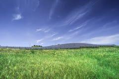 Painéis solares em rural Foto de Stock