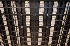 Painéis traseiros de telas múltiplas da tevê dos grandes multimédios Fotos de Stock Royalty Free