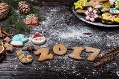 Pains d'épice pendant de nouvelles 2017 années Photos stock