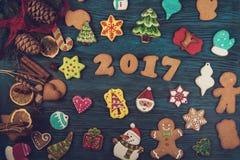 Pains d'épice pendant de nouvelles 2017 années Photographie stock libre de droits