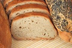 Pains de pain et des roulis de pain Images libres de droits