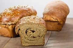 Pains de pain frais de blé entier Photo libre de droits