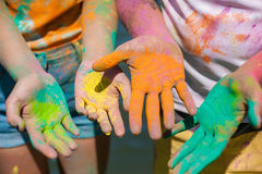 Pains holi on the hands Royalty Free Stock Photos