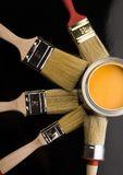 PAINT BRUSH AND CAN Royalty Free Stock Photography