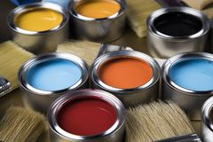 Free Paint Brush, Tin Can And Color Guide Samples Stock Images - 165252584
