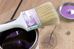 Paint brush and varnish can Royalty Free Stock Images
