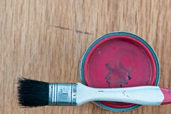 Paint can with old brush Royalty Free Stock Photography