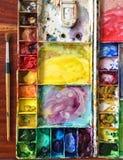 Paintbrush och palett Arkivfoto