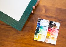 Paintbrush and paint palette Royalty Free Stock Photography